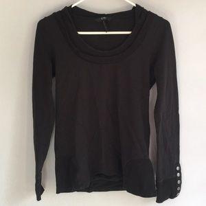 BCBG hooded long sleeve shirt